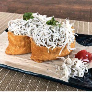 【・しらすの稲荷寿司 ・しらすのトマトサラダ】~釜揚げしらす アレンジ料理~